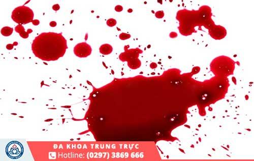 Hiện tượng xuất huyết âm đạo bất thường có thể là dấu hiệu của việc sảy thai