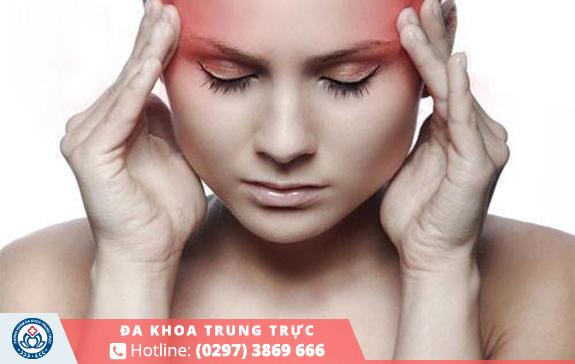 Chị em có cảm giác đau đầu hoặc đau nữa đầu
