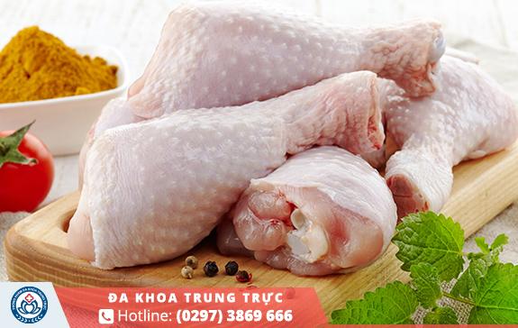 Thịt gà khiến vết thương khó lành, đau nhức