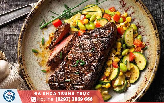 Thực phẩm giàu chất sắt sẽ giúp bổ sung lại lượng máu bị hao hụt từ rong kinh