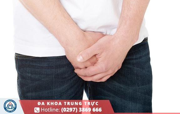 Cơ sở không đảm bảo dễ gây viêm nhiễm trong quá trình tiểu phẫu
