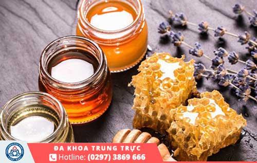 Hỗ trợ điều trị mụn rộp sinh dục bằng phương pháp mật ong