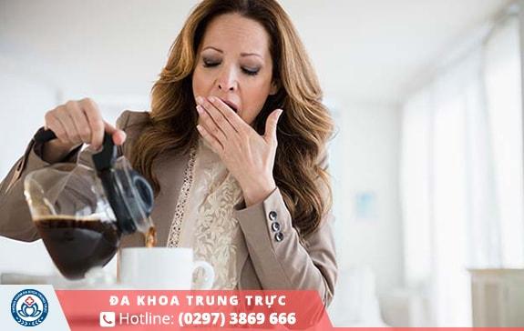 Cà phê chứa caffein không tốt cho kinh nguyệt