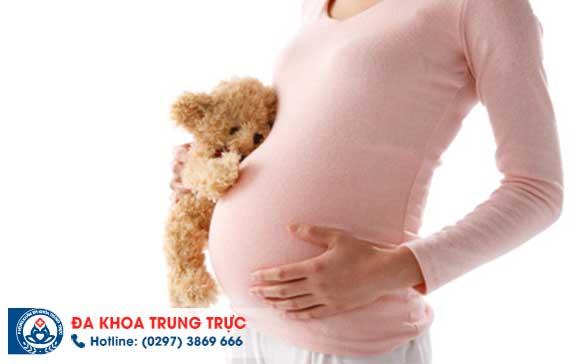 Polyp cổ tử cung gây chảy máu khi mang thai và cách chữa trị an toàn