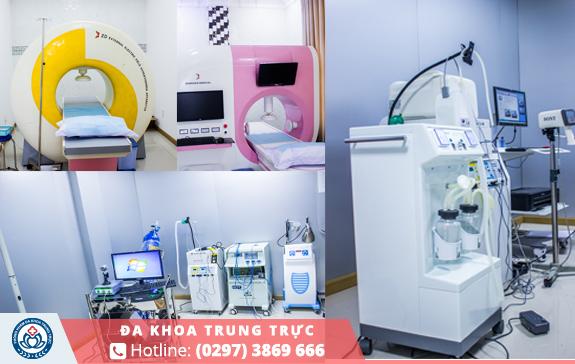 Phòng khám luôn dùng trang thiết bị hiện đại, kĩ thuật tiên tiến của nền y học